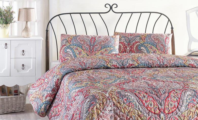 11 vrsta uzoraka tapeta i tkanina: Primjeri i prijedlozi kako ih unijeti u dekor